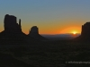 monument-valley-sunrise-edit